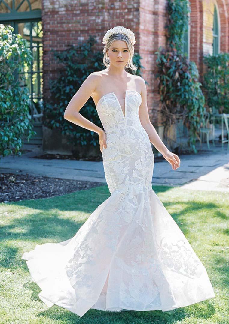 1e63e7c1c049 Anne Barge Wedding Dress Charleston SC Designer Wedding Gowns